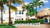 Caribbean Resort by the Ocean - Hollywood Hotels