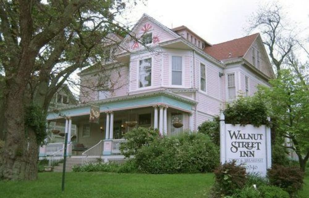 Front of Property, Walnut Street Inn