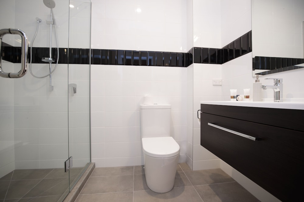 Bathroom, Hotel 115 Christchurch