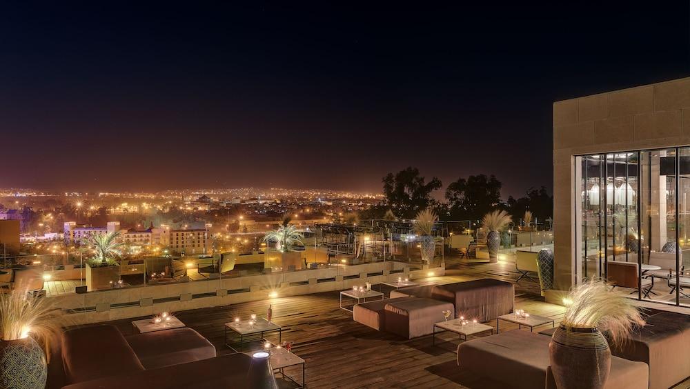 Hotel sahrai in fes hotel rates reviews on orbitz for Hotel fes piscine