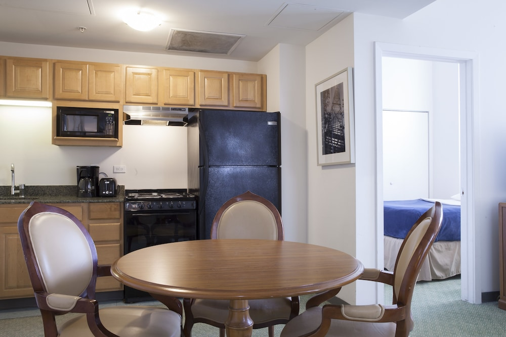 In-Room Dining, Pittsfield Apartments + Suites
