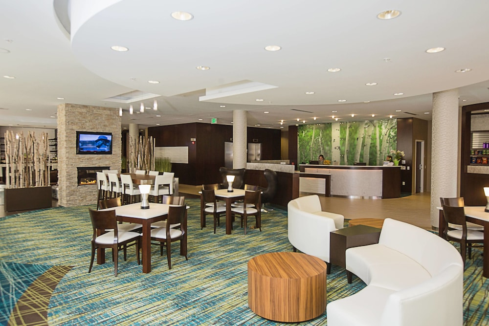 Lobby, SpringHill Suites by Marriott Bloomington