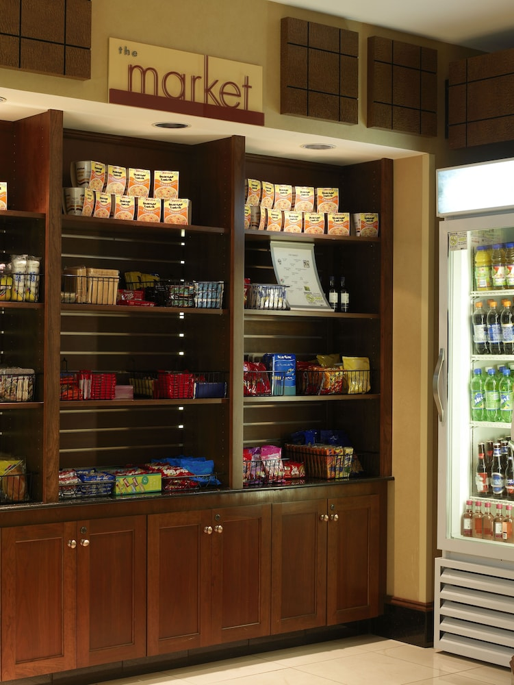 Gift Shop, SpringHill Suites by Marriott Bloomington
