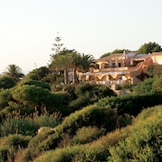 Vila Joya Home, Restaurant & Spa