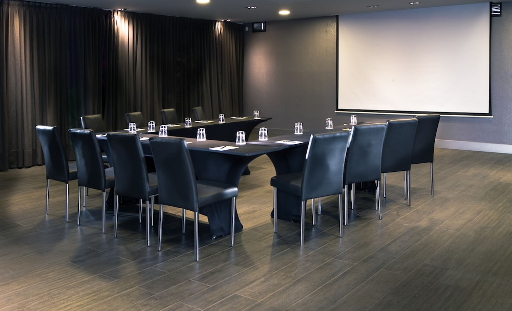 Meeting Facility, Hotel Exe Bacata 95