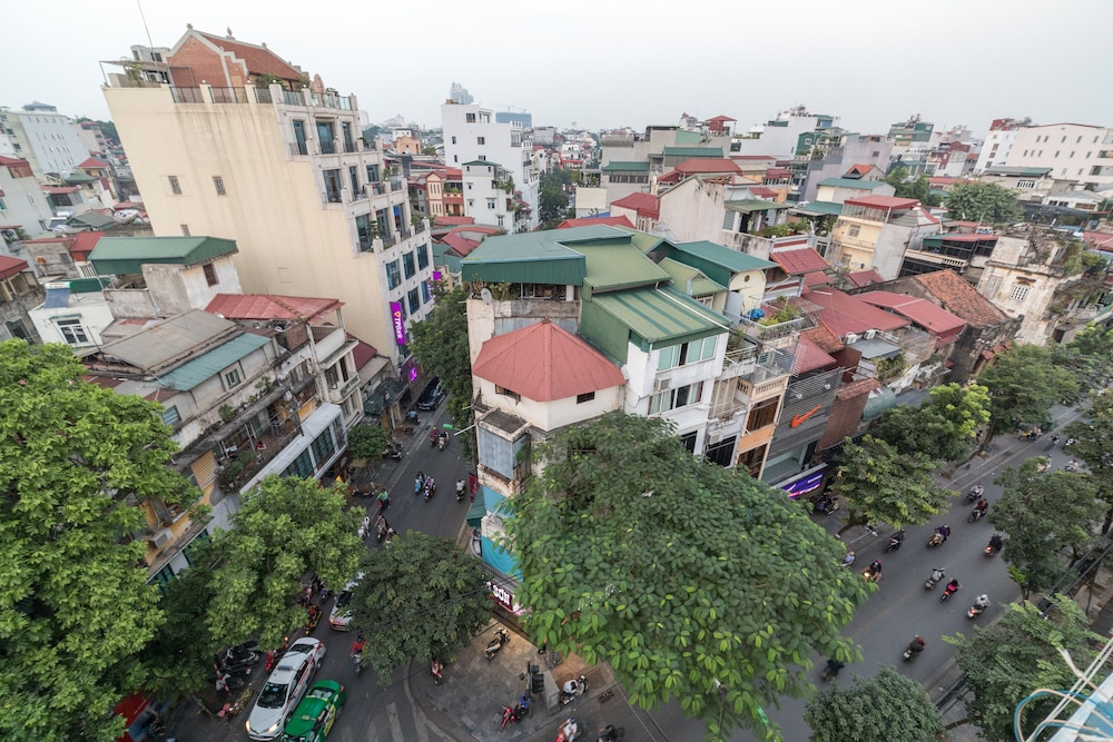Balcony View, Hanoi Royal Palace Hotel 2