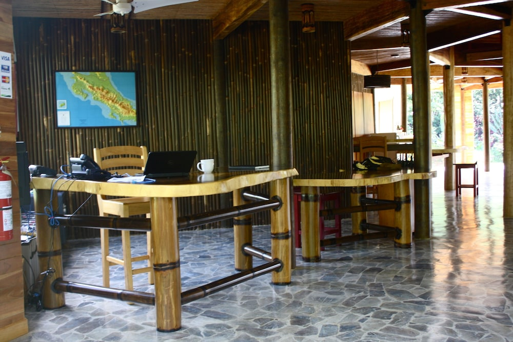 Macaw Lodge an Authentic Ecolodge: 2018 Room Prices $155, Deals ...