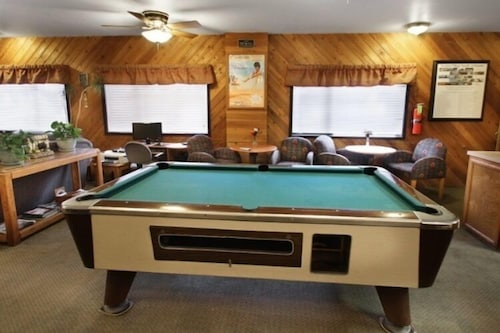Billiards, Getaways at Snow Lake Lodge