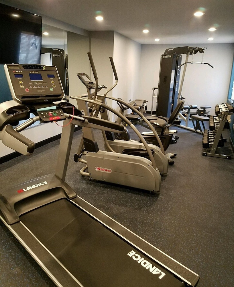 Fitness Facility, Best Western on the Avenue