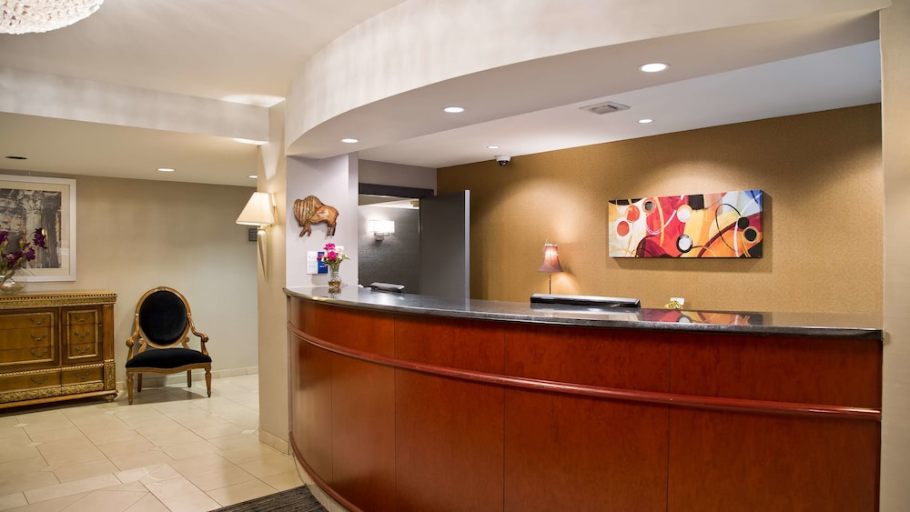 Lobby, Best Western on the Avenue