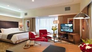 Minibar, in-room safe, desk, iron/ironing board