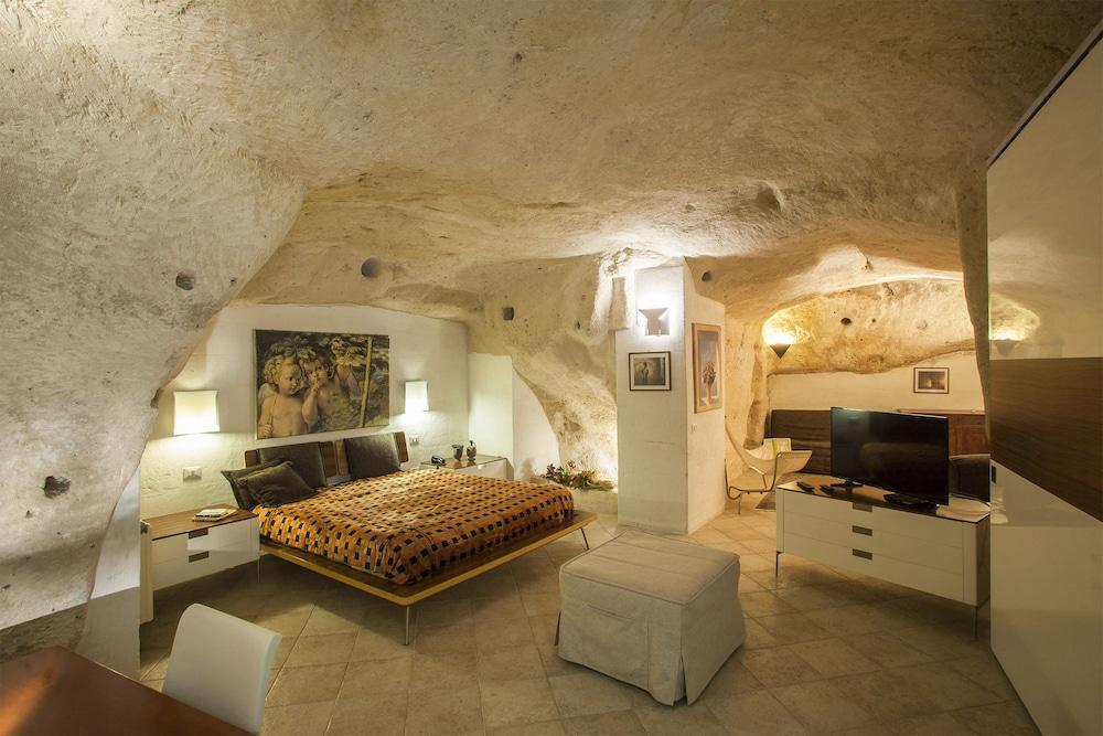 Residence San Pietro Barisano Matera Italia Expediait