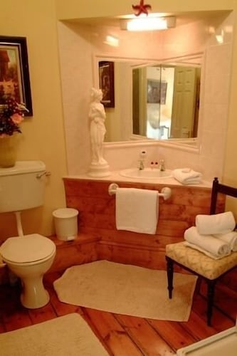 Bathroom, Glendine Country House