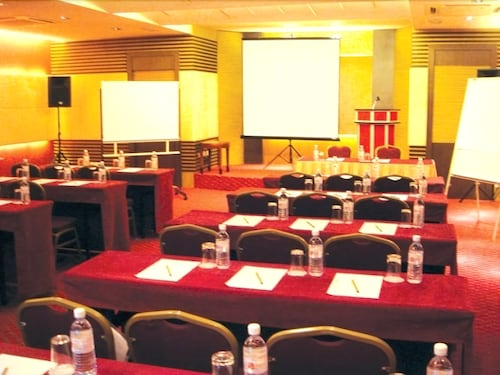 Meeting Facility, Celyn Hotel, City Mall