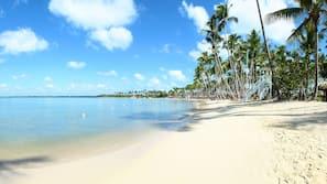 Private beach, beach umbrellas, beach towels, beach massages