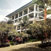 The Oxalis Regency Hotel Magelang