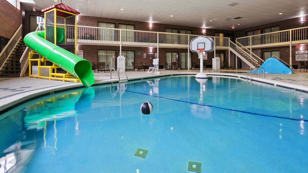 Sports Facility, Best Western Kelly Inn