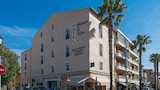 Hôtel Holidays & Work - Sanary-sur-Mer Hotels