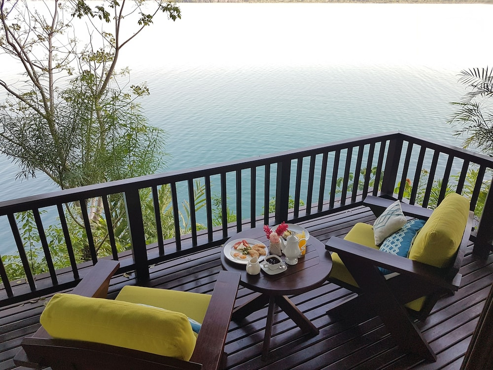 Lake View, Bolontiku Boutique Hotel