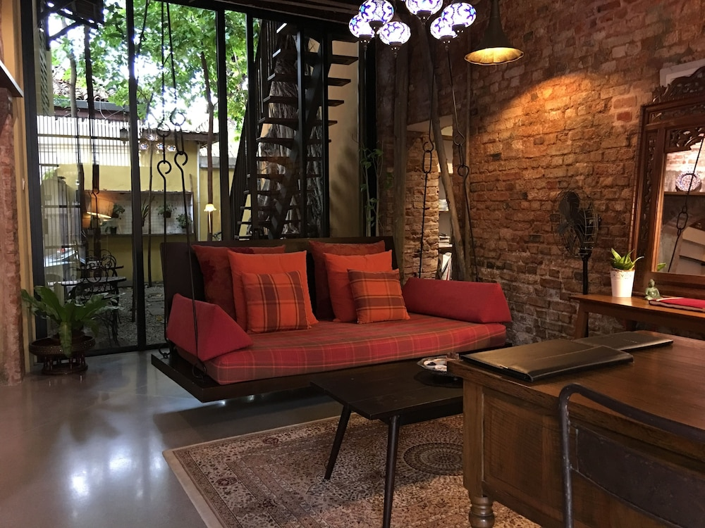 Spices hotel in penang hotel rates reviews in orbitz for Design homestay