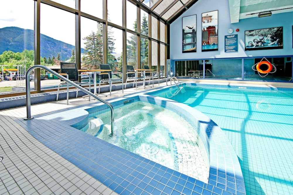 Indoor Pool, Best Western Plus Siding 29 Lodge
