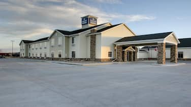 Cobblestone Hotel & Suites – Broken Bow