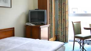 Minibar, in-room safe, individually furnished, free cots/infant beds