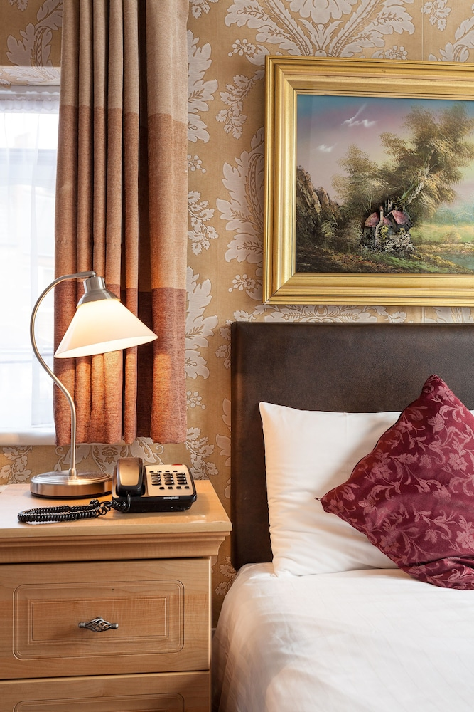 Roseview Hotel London