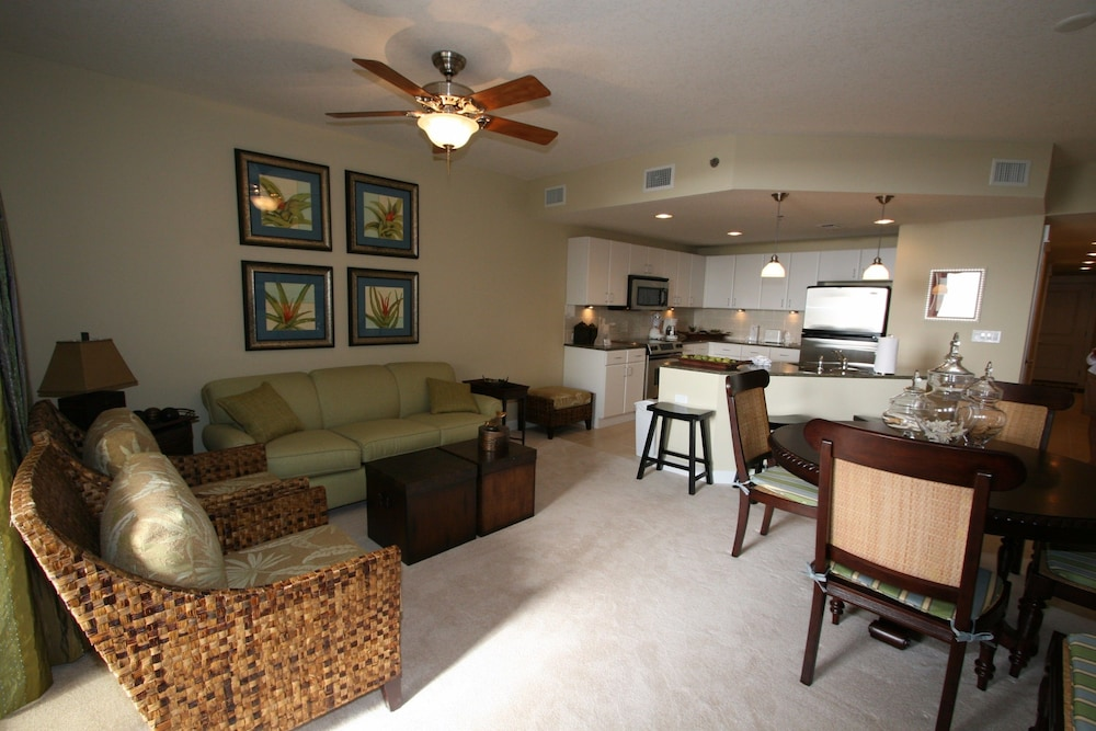 Living Area, Grand Panama Beach Resort by Emerald View Resorts
