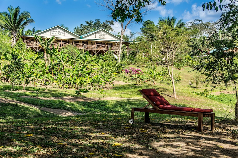 Property Amenity, Dream Valley Belize