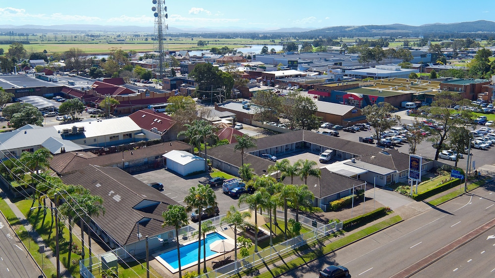 Raymond Terrace Australia  city pictures gallery : Colonial Terrace Motor Inn Raymond Terrace, Australia Best Price ...