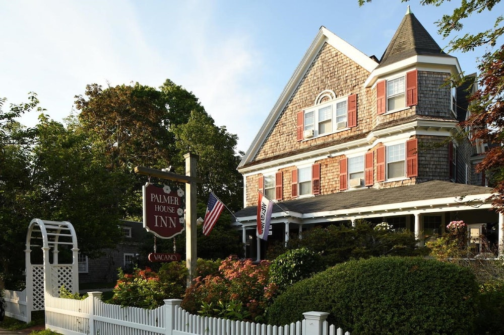 Exterior, The Palmer House Inn