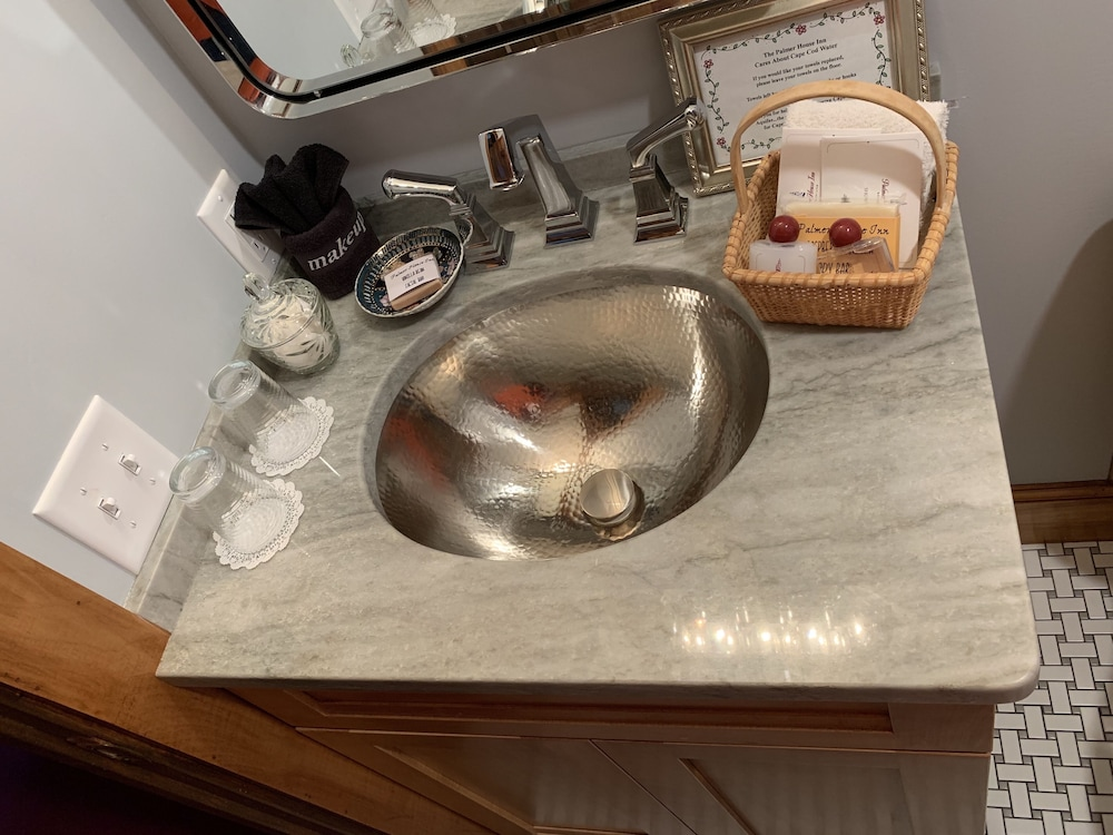 Bathroom Sink, The Palmer House Inn