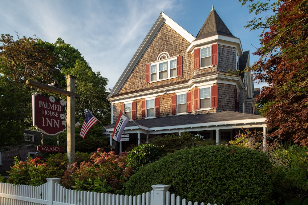 Featured Image, The Palmer House Inn