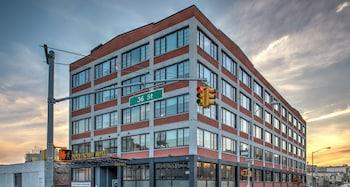 37-06 36th Street, Long Island City, NY 11101, United States.