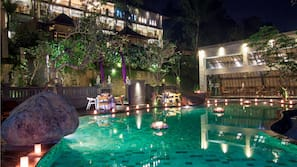 Outdoor pool, open 7:30 AM to 7:00 PM, pool umbrellas, pool loungers