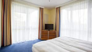 In-room safe, soundproofing, iron/ironing board, rollaway beds