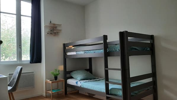 4 sovrum, strykjärn/strykbräda, resesäng och gratis wi-fi