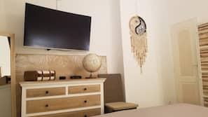 1 chambre, bureau, fer et planche à repasser, Wi-Fi