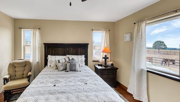 3 bedrooms, iron/ironing board, travel crib, free WiFi