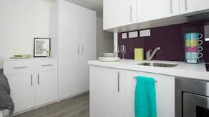 Microwave, oven, stovetop, electric kettle