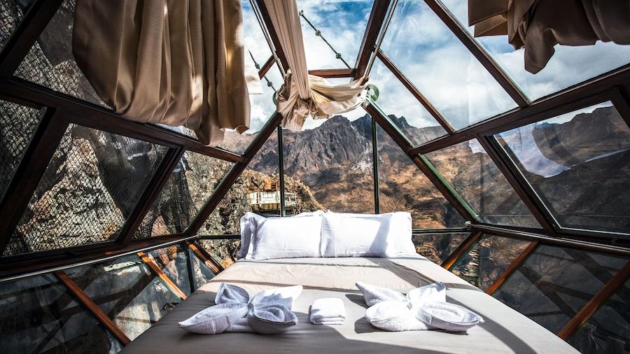 Vertical Sky Luxury Suites