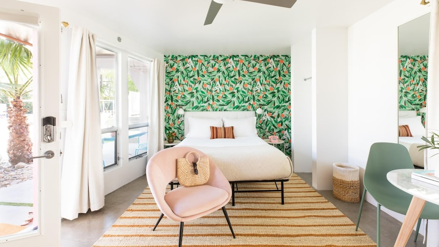 The Wesley Flat 6 in Palm Springs