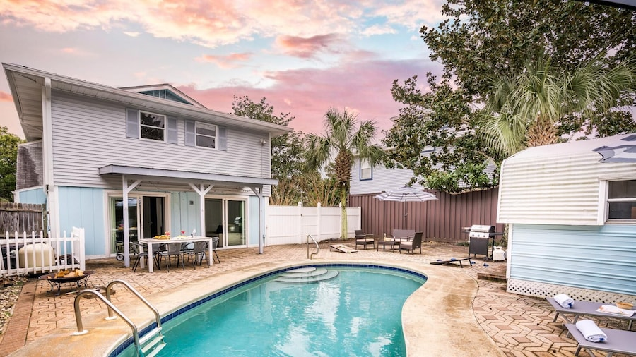 Tarpon in Destin With 4 Bedrooms and 4 Bathrooms
