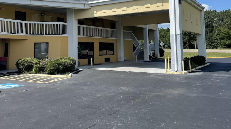 Westen Motel