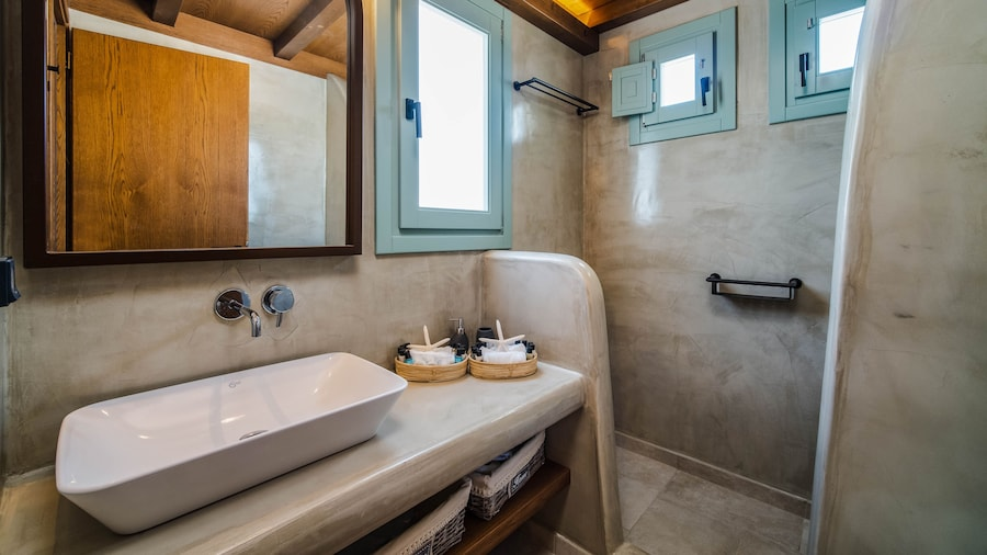 Villa Katerina -3 Villas&Private Jacuzzi