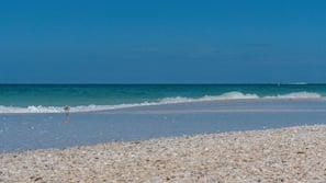 Private beach nearby, beach umbrellas, beach towels