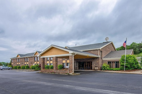 Quality Inn Tully I-81
