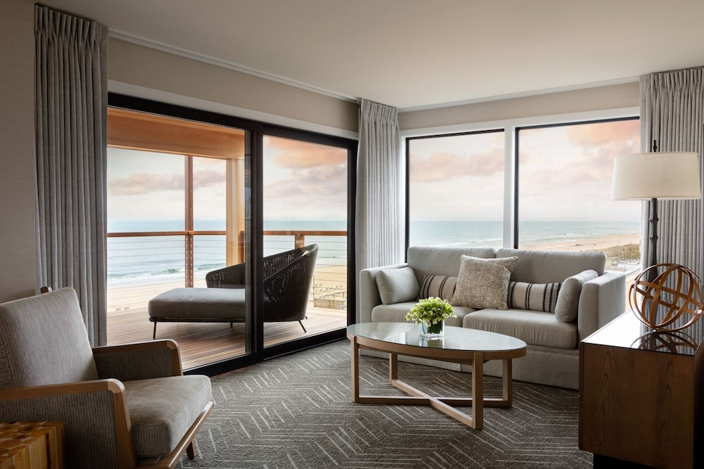 Living Room, Gurney's Montauk Resort & Seawater Spa
