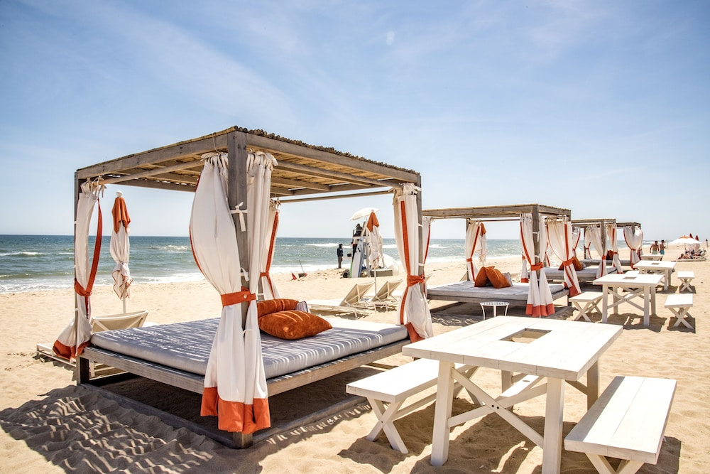 Beach Bar, Gurney's Montauk Resort & Seawater Spa